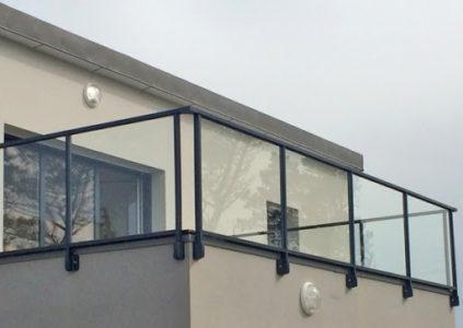 Nettoyage de rambardes vitrées extérieures