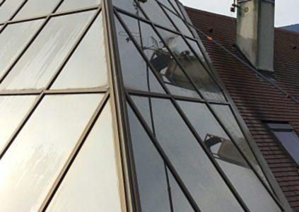 Nettoyage verrière de toiture