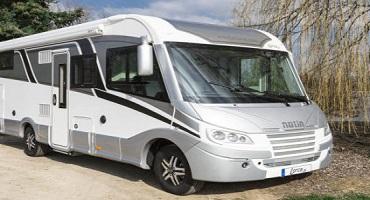 Nettoyage de camping-cars à l'eau ultra pure