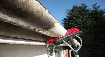 Nettoyage de gouttières & tuyaux/tubes de descentes à l'eau ultra pure