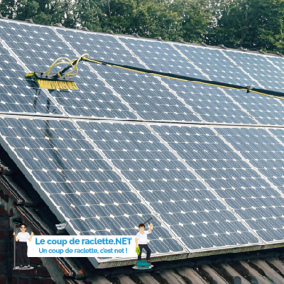 Image de nettoyage de panneaux solaires
