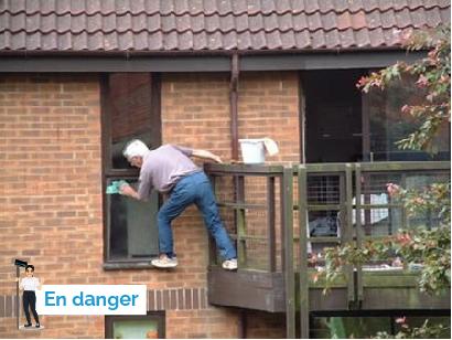 Image de Nettoyage de vitres dangereux